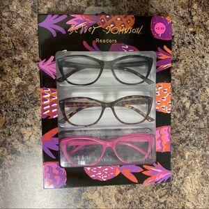 NIB Betsey Johnson Reading Glasses Set